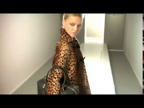 Longchamp fall/winter 2009 - online fashion show