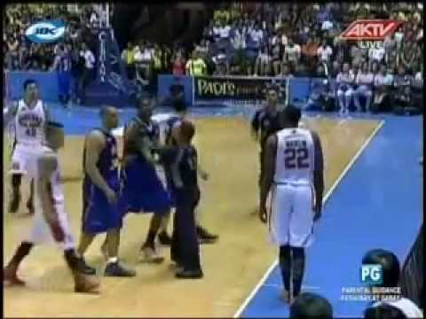 Brgy Ginebra vs Talk N Text Do or Die 2nd Quarter 05-12-2013