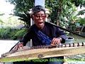 Kacapi Sunda aki Tori seniman jalanan by Mang Momon