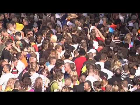 Thumbnail of video Loveparade 2008 - Dubfire