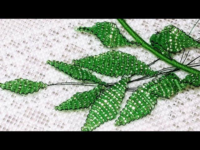 Бисероплетение для новичков. Урок 4. Параллельное плетение. Листик. Beading lessons for beginners