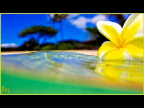 Music video Medley Tahitien   Trio Efernal - Music Video Muzikoo