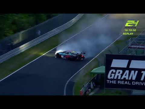 ADAC Zurich 24h-Rennen crash AUDI R8 LMS