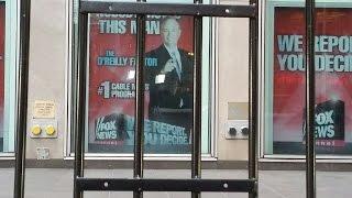 Уволенный за секс-скандал О'Райли получит от Fox News $25 млн