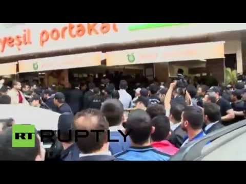 Turkey: Erdogan booed during Soma visit