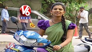 Padma Conversation With Savitri Over Parents Jailed For Allowing Minors Drive | Teenmaar News
