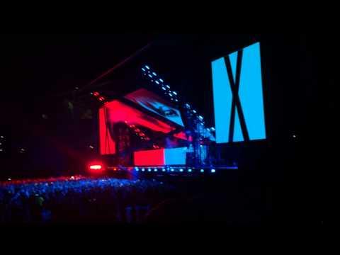 Eminem X Rihanna:The Monster Tour full intro