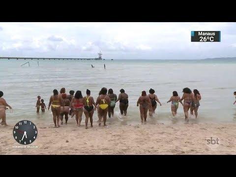 Gordinhas vão à praia protestar contra o preconceito em Salvador | SBT Notícias (19/11/17)