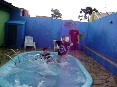 piraçao na piscina part. 2