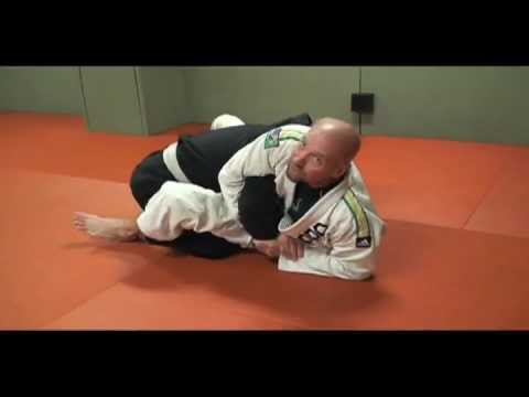 KIMURA AND HIP BUMP SWEEP FROM CLOSED GUARD Image 1