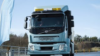 Volvo Trucks - First electric Volvo trucks delivered to customers