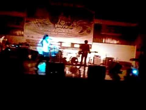 Viera - Bersamamu (live in concert Amurang).mp4