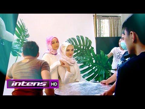 Berhijab, Ashanty dan Aurel Jalani Pemotretan - Intens 26 Mei 2017