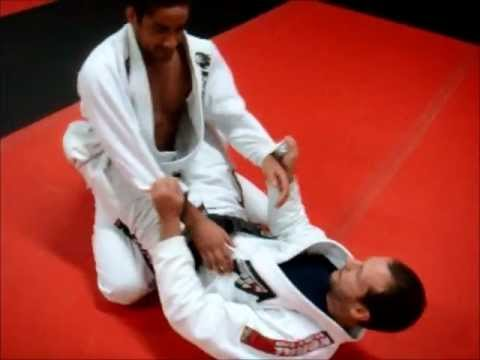 DRILLTOFLOW.COM GRAPPLERSPLANET.COM ARMBAR-TRIANGLE-OMOPLATA DRILL Image 1