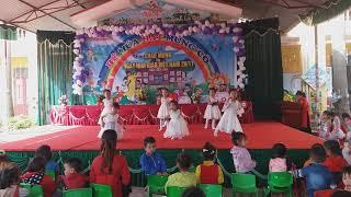 Bé múa mừng ngày nhà giáo Việt Nam 20-11-2018