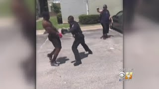 Video Of Officer Boxing With Texas Teen Goes Viral