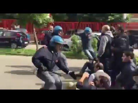16/05/2016 - Le cariche e lancio di lacrimogeni sugli operai e licenziati alla Bormioli di Fidenza
