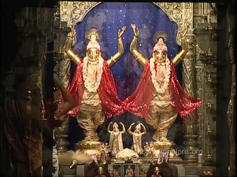 Mangala Arati At Iskcon video