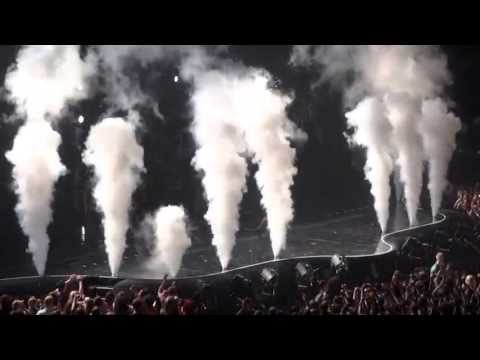Beyonce - Mrs Carter World Tour -Crazy in love/Single ladies (put a ring on it)