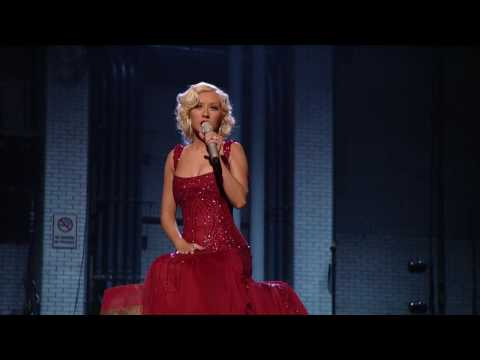 Christina Aguilera - Hurt + Lyrics (live) Hd Hq video
