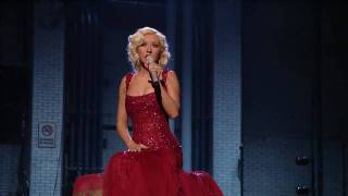 Christina Aguilera - Hurt + Lyrics (Live) HD HQ