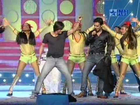 Shahrukh Khan dances Dar de Disco in Mauja Hi Mauja