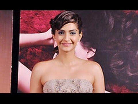 Sonam Kapoor Unveils L'Oreal Paris Make-Up Line
