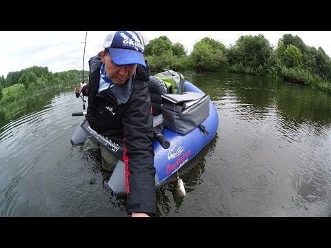 Ловля голавля с рыболовного плотика