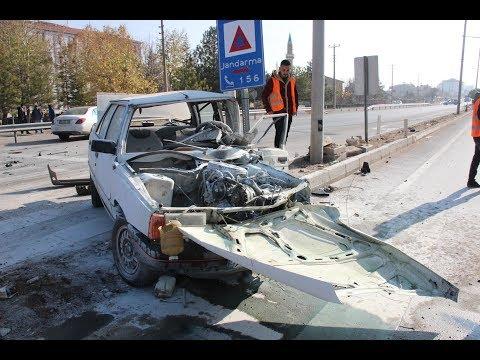 Feci Kazada Sürücü Araçtan Fırladı