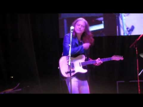 Robben Ford - All Over Again HD (BB King) Kitchener Blues Festival 2012