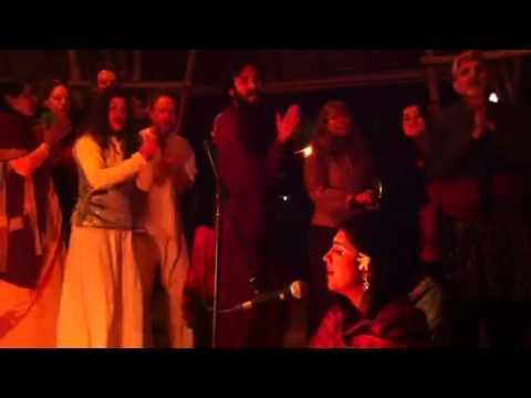 Vrajavadhus Kirtan osho Tantra Fest video