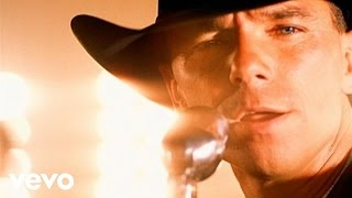 Watch Kenny Chesney Big Star video