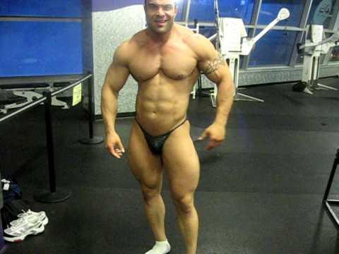 iranian body builder in usa habib youssefi - YouTube