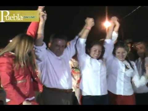 """En compañía del dirigente nacional del tricolor, César Camacho, el candidato de la coalición """"5 de Mayo"""" (PRI-PVEM) Enrique Agüera Ibáñez arrancó su campaña electoral. 07 mayo 2013."""