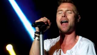 Watch Ronan Keating I Love It When We Do video