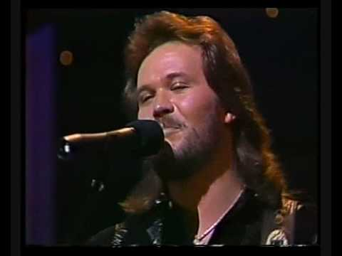 Travis Tritt - Heres A Quarter