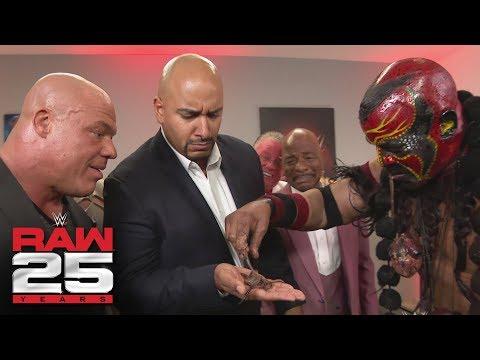Bizarre WWE Legends visit Raw GM Kurt Angle: Raw 25, Jan. 22, 2018