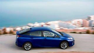 Toyota Prius IV - jak działa napęd hybrydowy | www.motomaniacy.tv