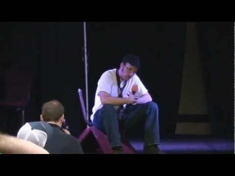 Nostalgia Critic reviews Twilight: Breaking Dawn (pt.2) at ShadoCon 2012