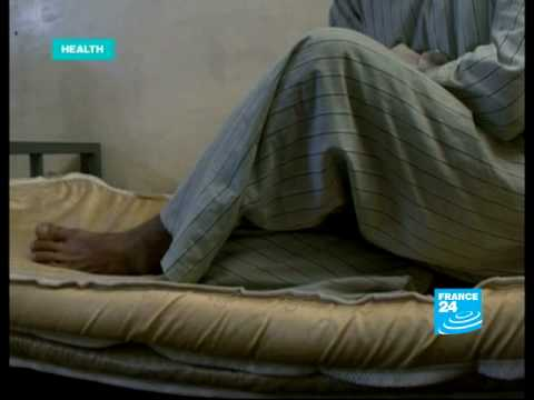 FRANCE 24 Health - Dealing with drugs: Police addiction in Afghanistan