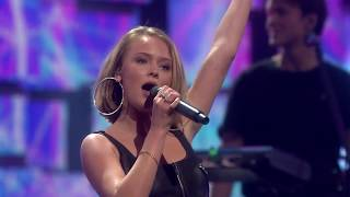 Download video Zara Larsson - Symphony @ Nobel Peace Prize Concert 2017 [HD]