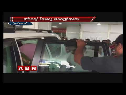 CM KCR's sister passes away | CM KCR returns from Delhi