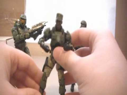 Halo 3 - Sgt. Avery Johnson Series 5 Action Figure Review - KoBaCaaTT