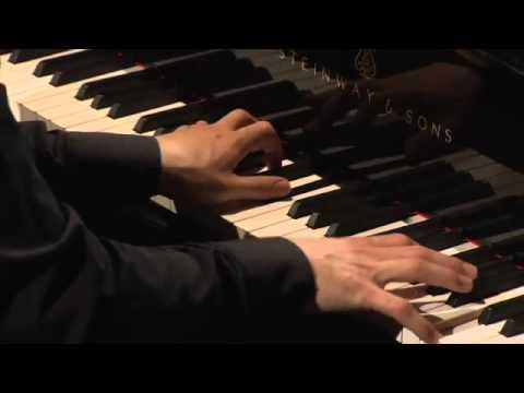Vitaly Pisarenko plays Liszt - Tarantella