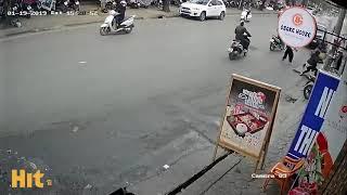 Xe oto điên gây tai nạn liên hoàn tại Hà Nội
