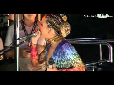 Claudia Leitte - Bloco BARRA(19/02/2012) | Prefixo de Verão/Baianidade Nagô