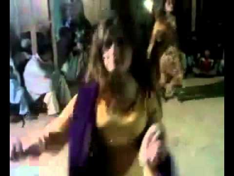 Ghazala Javed New Sexy Dance   August 2010   Sex Tape     Desi Video Network video