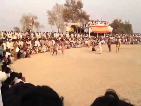 A funny slapping sport in Pakistan