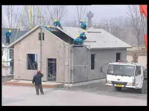 Lightweight insulated concrete panels youtube for Panel house construction