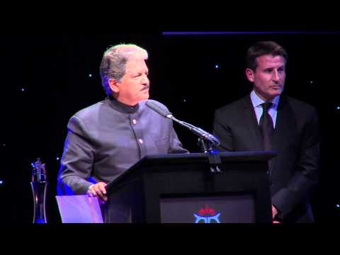 The Asian Awards 2011 - Business Leader of the Year - Anand Mahindra